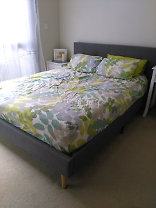 Upholstery queen bed frame Cremorne North Sydney Area Preview