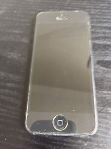 IPhone 5 16 Gb locked to bell