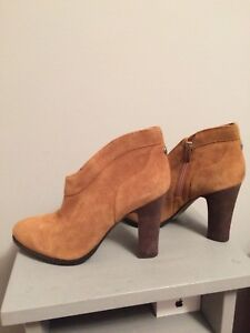 Size 10 suede booties