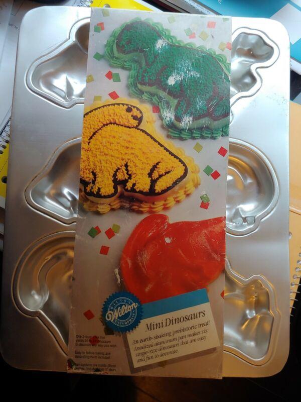 Wilton Mini Dinosaurs Cake Pan Mold 2105-9331