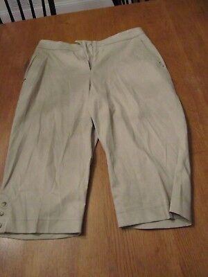 (Womens Tail Golf Shorts/Capris, NWT, 8)