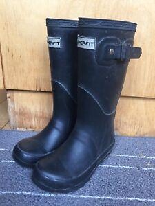 Adorable toddler girls sz 11 rubber rain boots