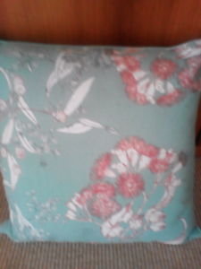 Cushion with zippered cover