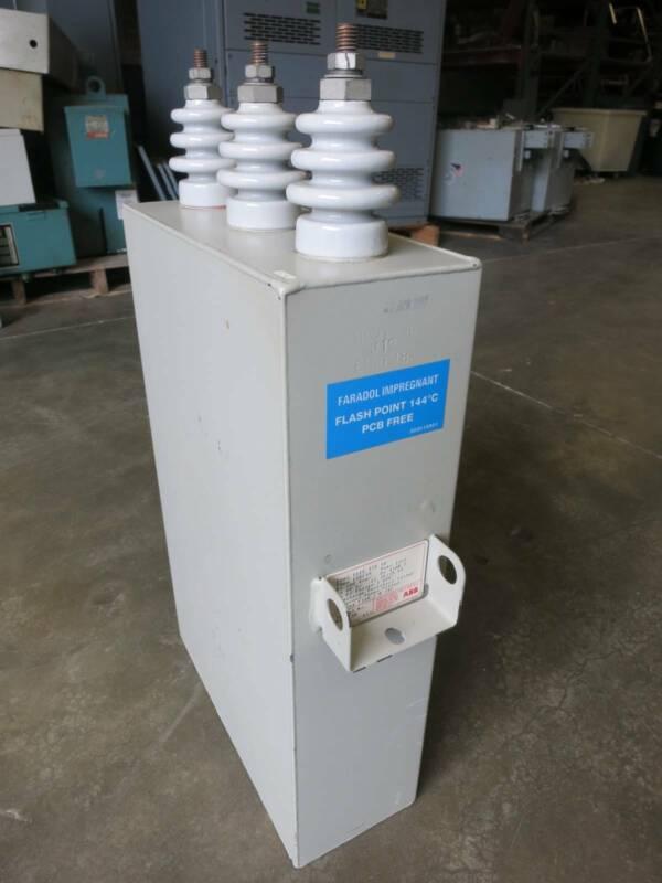 ABB EHKF18 200 kVAR 4160 VAC 60 Hz 26/75 kV 3 Phases WYE Capacitor STD 18 4160V