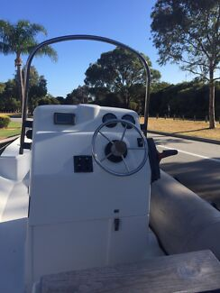 2005 90 Yamaha, 5.5 mt licensed trailer. Free boat.