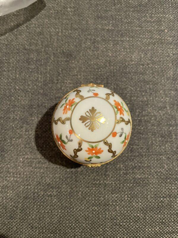 Limoges Decoree a la Main Paris Style Painted Ball Trinket Box Flower France