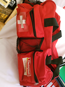 Sports trainer spirt first aid bag Thornlie Gosnells Area Preview