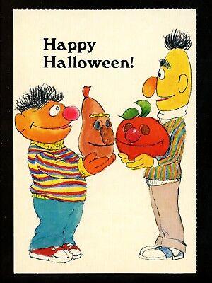 Bert Ernie Halloween (Seasame Street Greetings postcard Halloween Bert & Ernie JOL Jack O Lantern)