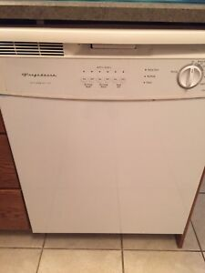 FRIGIDAIRE DISHWASHER•••NEW CONDITION!!!