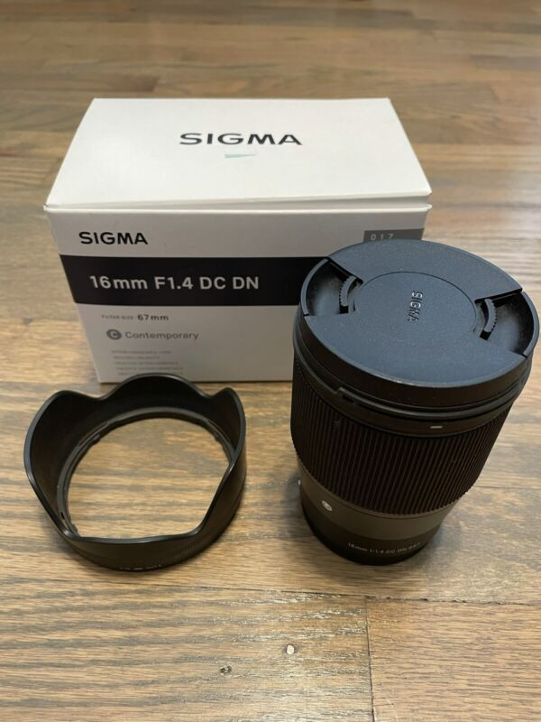 Sigma 16mm f/1.4 and 30mm f/1.4 Contemporary DC DN Lens for Sony E-Mount Bundle