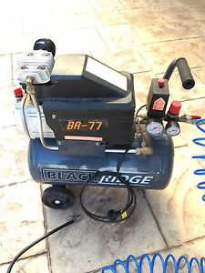 Air compressor in great working condition Tanah Merah Logan Area Preview