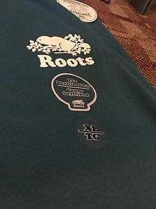 HOT NEW ITEM! Authentic Roots Booyfriend Fit! size xl Mens