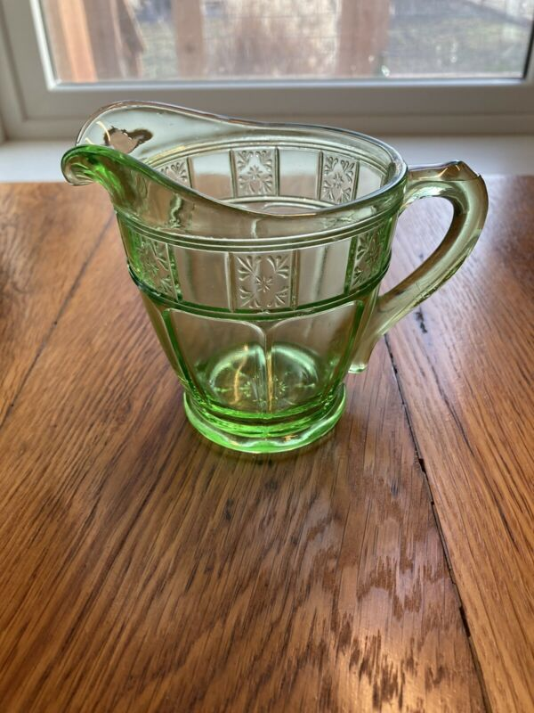 VTG Green Depression Glass Creamer DORIC Pattern Individual Cream Milk Pitcher