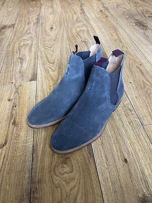 Hudson Grey Suede Chelsea Boots - 9