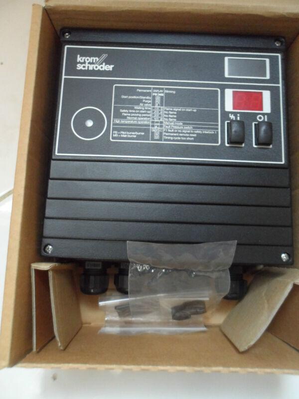Kromschröder Brennersteuerung Kromschroeder Bcu 460-10/2w1gbs4 84631656 Dubai