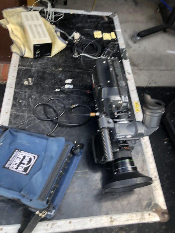 Sony BVW-D600 Camera W/ PB Adapter VA-500, RM-P3 Remote Paint Box, CMA-8 Supply