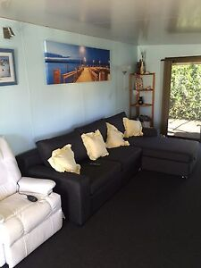HALLIDAYS POINT ONSITE BEACH HOUSE CABIN HOLIDAY HOUSE FORSTER Hallidays Point Greater Taree Area Preview