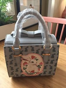 Women's Small Grey Rabbit Purse Handbag!