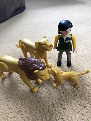 Playmobil Lion Family And Keeper