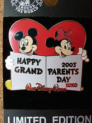 Disney LE 2003 Happy Grandparents Day pin* Mickey Mouse & Minnie Mouse