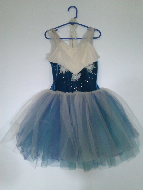 Girls dance costume size Medium