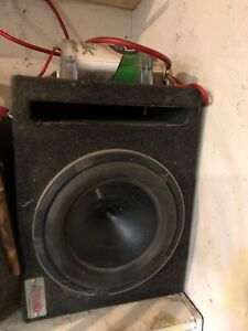 1000 watt hertz sub and amp and capacitor
