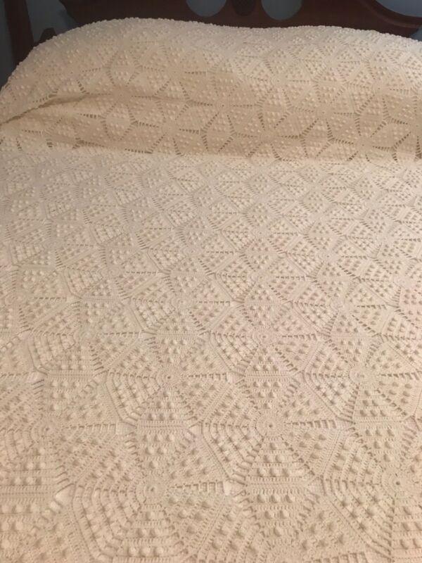 "Vintage Full-size Handmade crochet popcorn bedspread; 70"" x 96""; excellent cond"