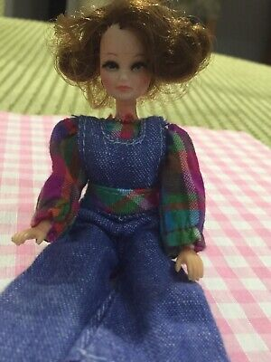 Vintage Palitoy Pippa Doll Penny Brown