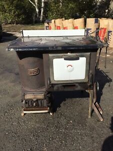 Antique wood/coal stove and oven
