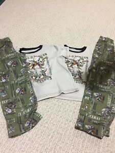 Boys pjs size 6 and 6x