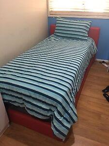 Single bed Werrington County Penrith Area Preview