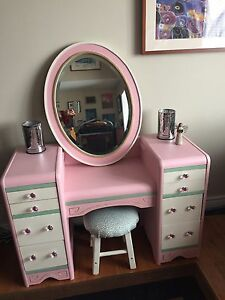 Vintage/Antique Waterfall Child's Vanity w/ Mirror /Stool.