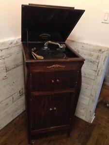 Gramophone J.c paré antiquité