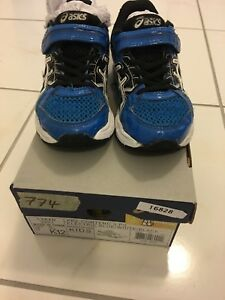 Asics toddler shoes K12