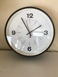 Howard Miller Round Wall Clock Works Great Vintage Mid Century Modern