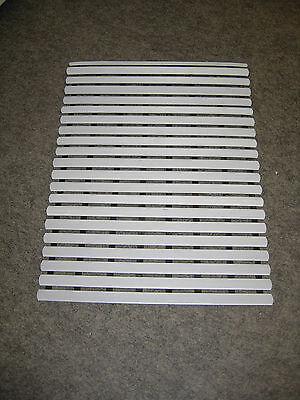 Fussbodenrost grau 60 x 80 cm Fussmatte Solarium