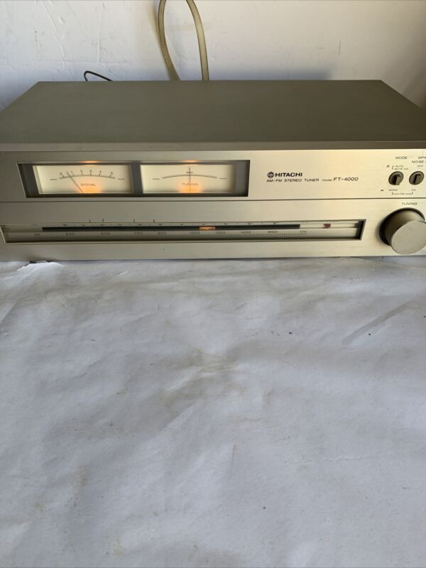 RARE Vintage Hitachi FT-4000 AM FM Stereo Tuner Silver Face - made in Japan