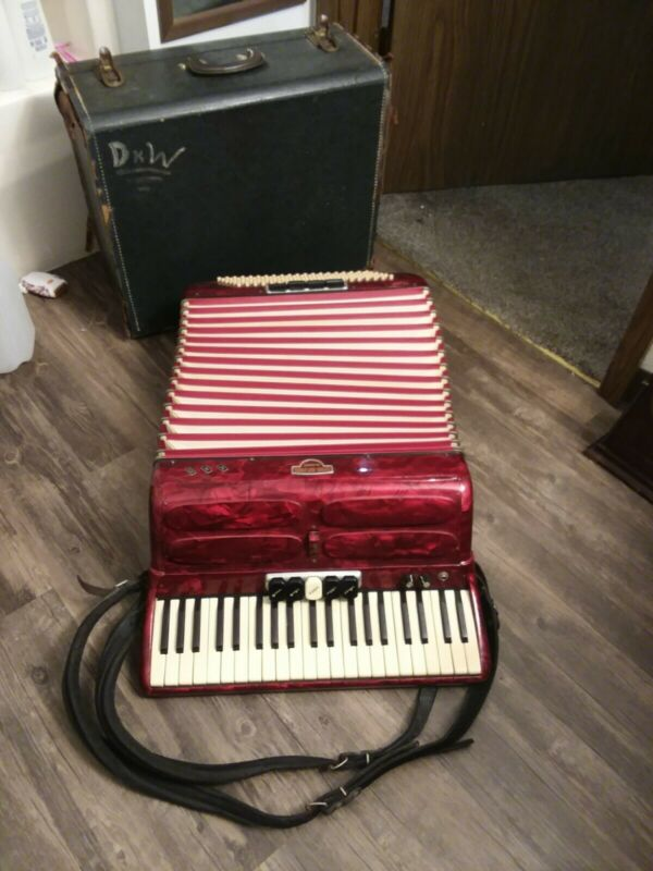 "Antique Napoli Soprani Ampliphonic Accordion ""Superb In Case W/ Straps"""