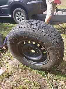 Bridgestone Dueler H/T 840 tyre & rim Bonogin Gold Coast South Preview