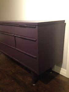 9 drawer dresser  London Ontario image 4