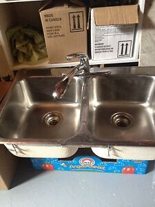 Kitchen Sink and Tap with Sprayer