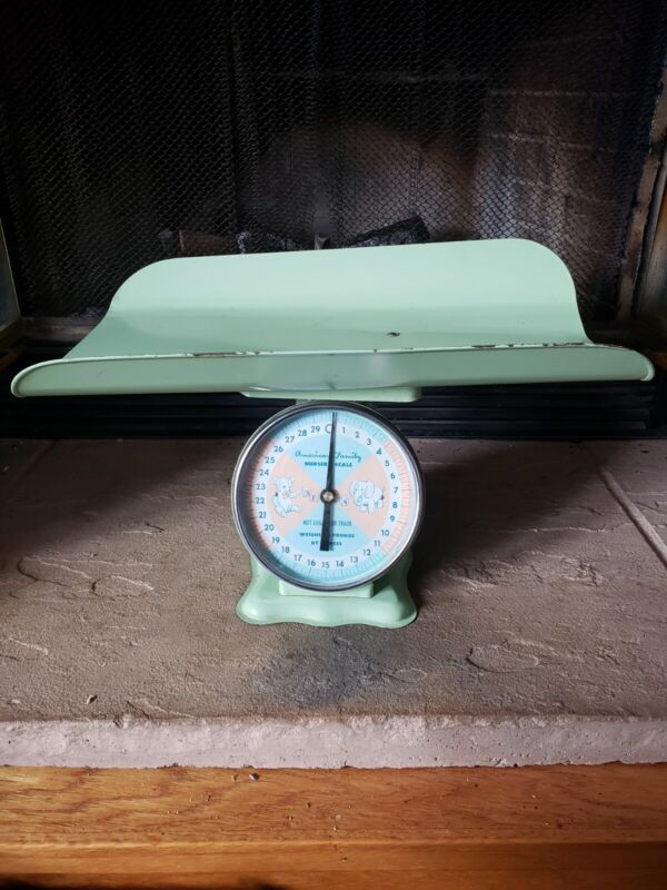 Vintage American Family 30 Pound Nursery Baby Scale - Great patina, works fine!
