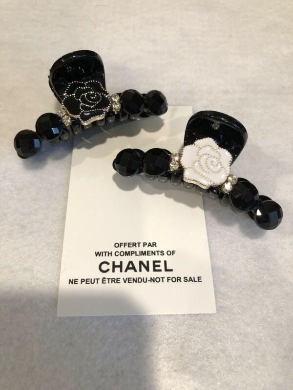 Chanel Vip Promo Hair Claws (2)