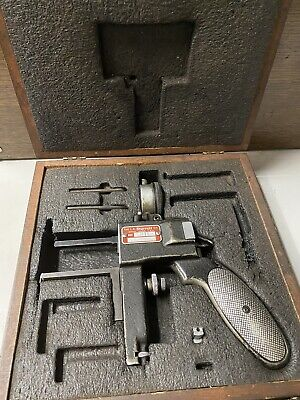 Starrett 1175 Dial Groove Gage With Storage Case