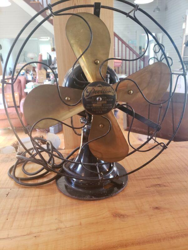 Vintage Peerless Electric Ocillating Fan W/ Brass  Blade