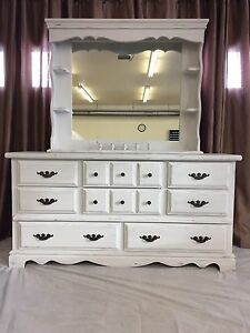 Solid Wood Dresser with Hutch