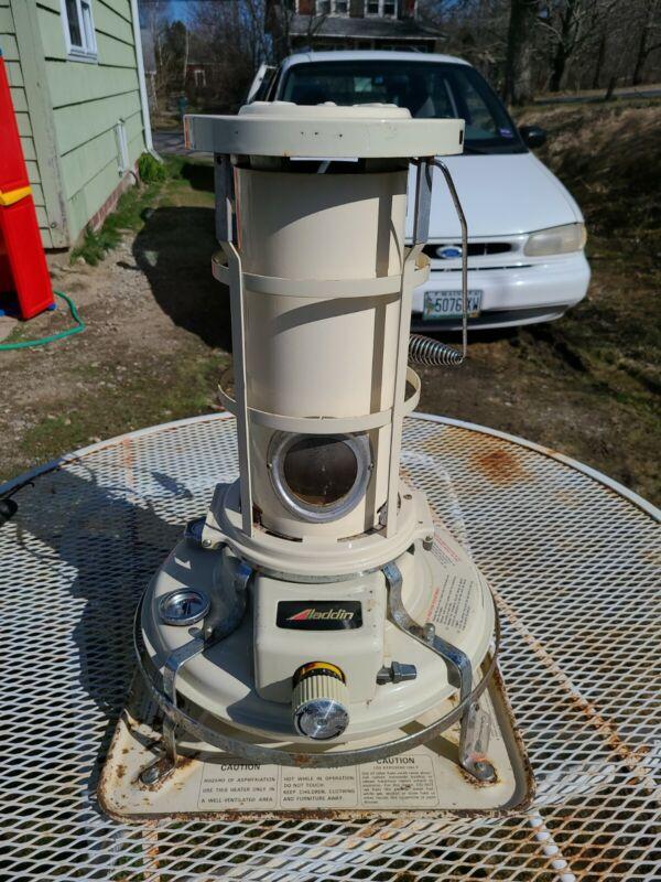 Aladdin Blue Flame space Kerosene Heater -J280