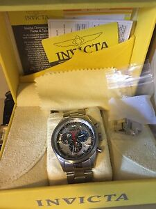 Men's invicta watch open to offers/trades