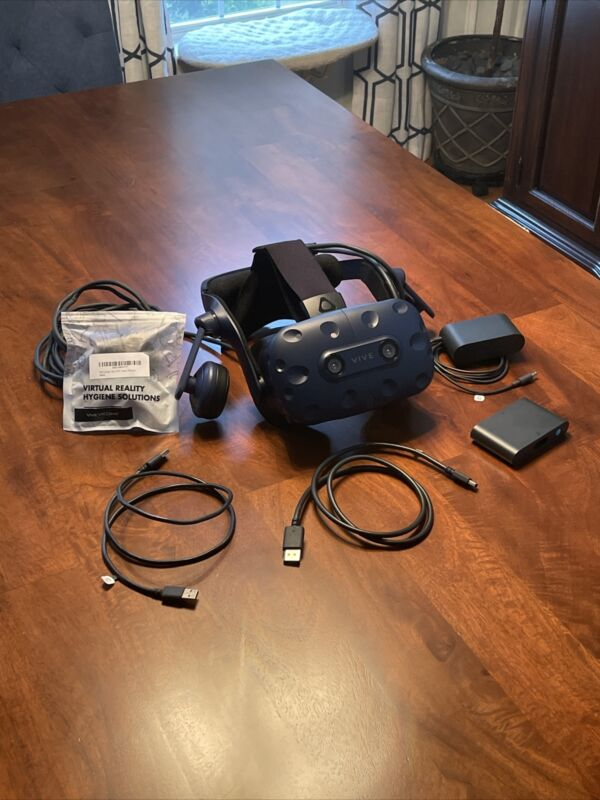 HTC Vive Pro HMD Virtual Reality VR Headset w/ Linkbox, Cables and VR Foam Cover
