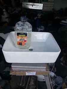 Freestanding wash basin Narre Warren Casey Area Preview
